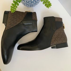 Michael Kors black brown combo leather boots 7US